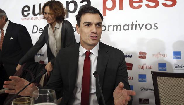 El líder del PSOE, Pedro Sánchez, durante un desayuno informativo en Madrid