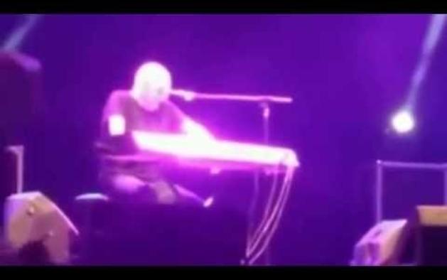Pino Mango sufre un infarto en pleno concierto