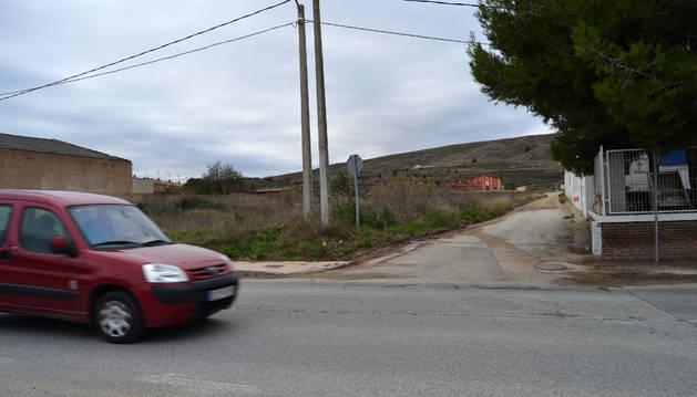 La vía se tomará junto a las instalaciones de Conservas El Chaval, en la calle Porvenir.