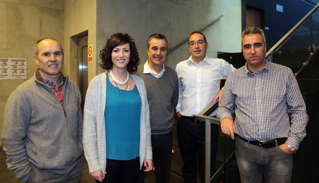El director José Iribarren y los concejales Gloria Ruiz, Eduardo Valencia, Alberto Ogayar y José Manuel Menéndez.
