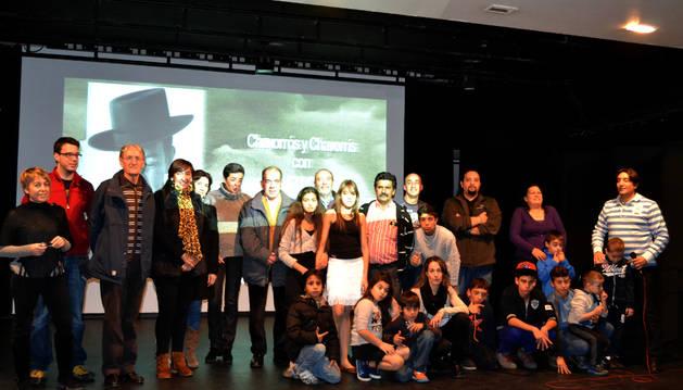Participantes en la presentación del vídeo en San Adrián.