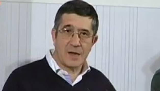 Patxi López, durante su intervención en el congreso del PSN