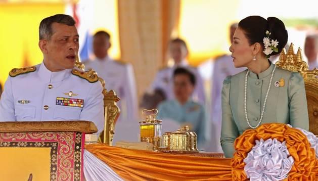 El principe y la ex princesa de Tailandia