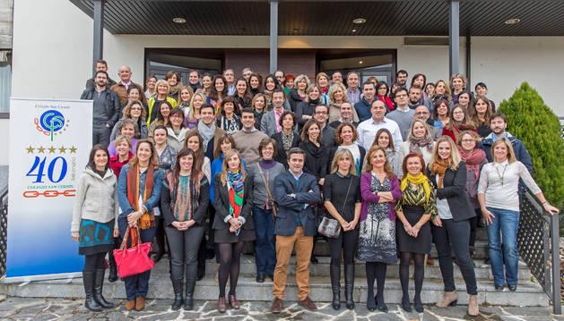 Ex alumnos, profesores y ex docentes del colegio San Cernin.
