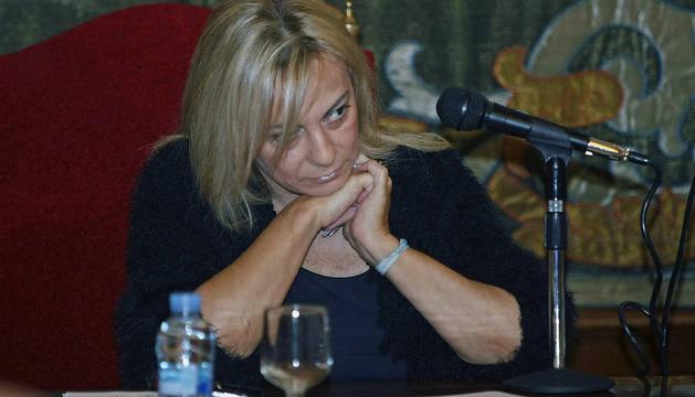 La alcaldesa de Alicante, Sonia Castedo, durante el pleno extraordinario celebrado este lunes
