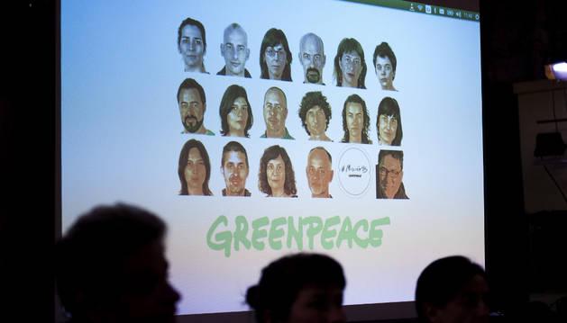 Multas de1.080 euros para los 16 activistas que entraron a Cofrentes