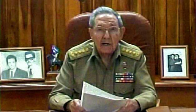 Raúl Castro, durante su discurso en la televisión cubana.