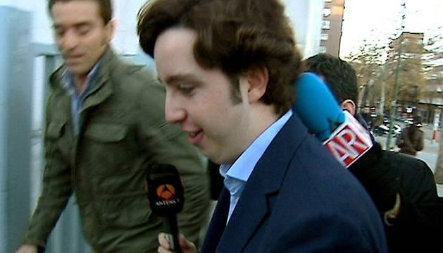 El 'pequeño Nicolás', a su llegada al juzgado.