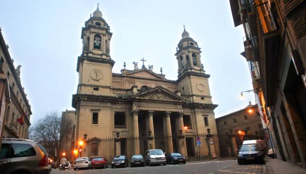 Fachada de la Catedral de Pamplona