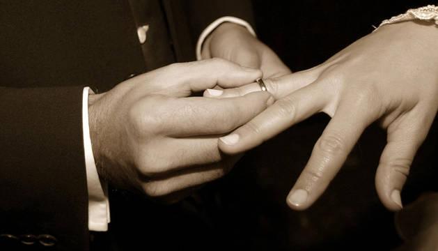 Las bodas civiles ganan peso en Navarra y ya suponen el 64%