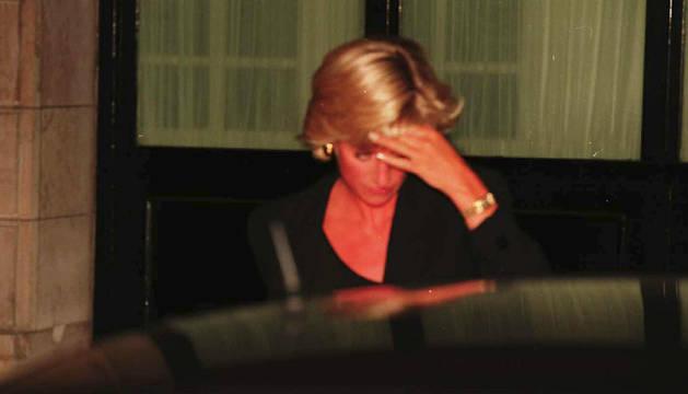 Diana de Gales, en su última noche, en 1997.