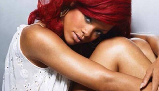Rihanna publica nuevo disco en 2015.