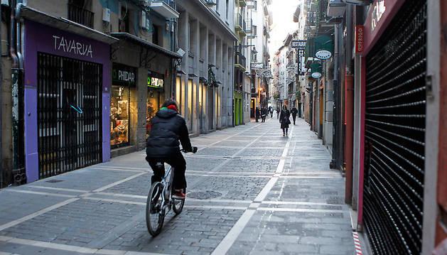 Los comercios del casco antiguo de Pamplona son los que más están sufriendo el paso de la renta antigua a la nueva.