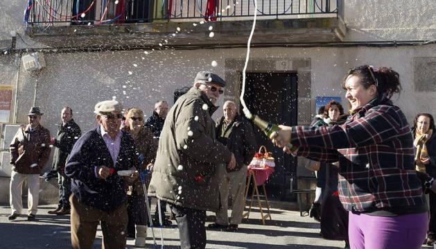 Los vecinos de Villar de Corneja despiden el año de forma adelantada