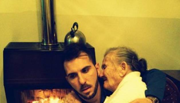 Giancarlo y su abuela