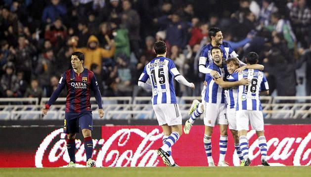 La Real Sociedad también le gana al Barcelona