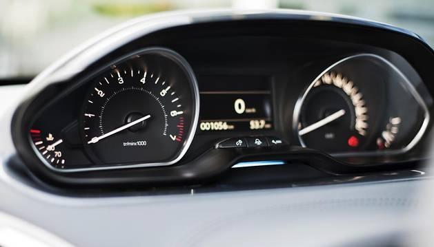 Tráfico ya ha registrado el cuentakilómetros de 216.776 coches para evitar su manipulación