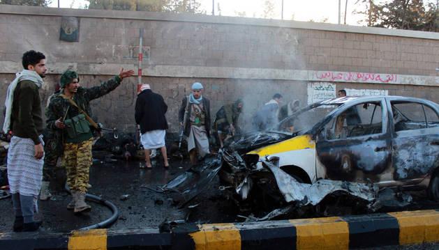 Ataque suicida contra una academia de policía en Yemen