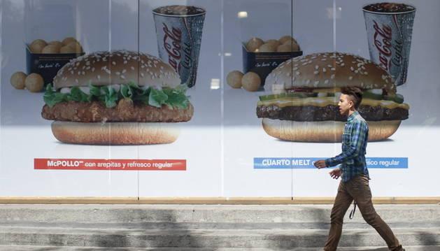 Los McDonald's de Venezuela han cambiado incluso sus anuncios