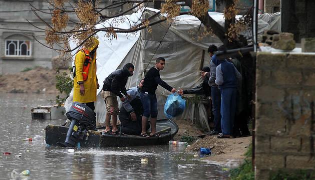 Temporal de viento y lluvia agrava la situación en Gaza