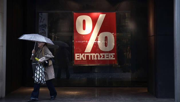 Bruselas busca prorrogar el rescate griego para evitar el efecto contagio
