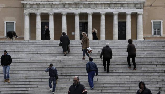 Syriza mantiene su ventaja electoral sobre Nueva Democracia en Grecia