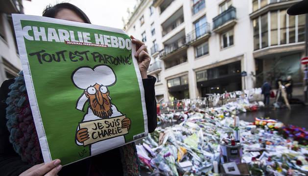 La revista 'Charlie Hebdo' imprimirá 5 millones de ejemplares más de su último número