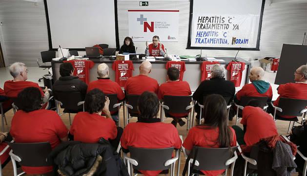 Asamblea celebrada por los afectados durante su encierro en el CHN.