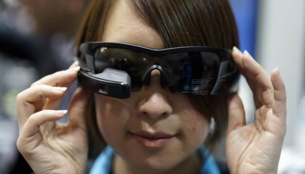Las 'Smart Glass' protagonizan la feria de Tokio