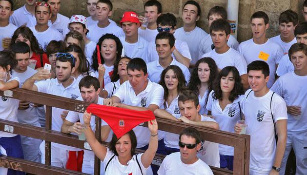Recogen firmas en Artajona para 'ajustar' las fiestas patronales