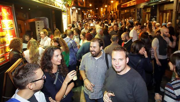 La oposición insta a UPN a revisar licencias de bares en el Casco Antiguo