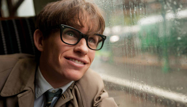 Eddie Redmayne interpreta a Stephen Hawking