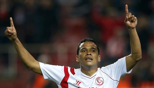 El Sevilla no pierde de vista la zona alta de la tabla