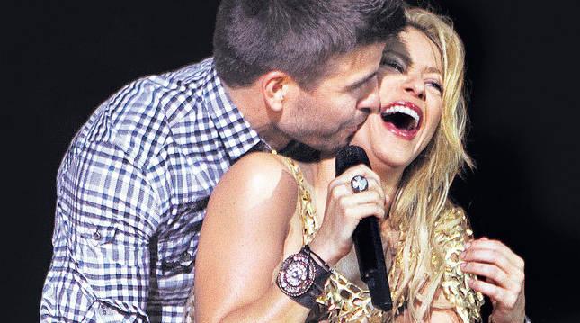 Shakira y Piqué darán un 'babyshower'  mundial para Unicef