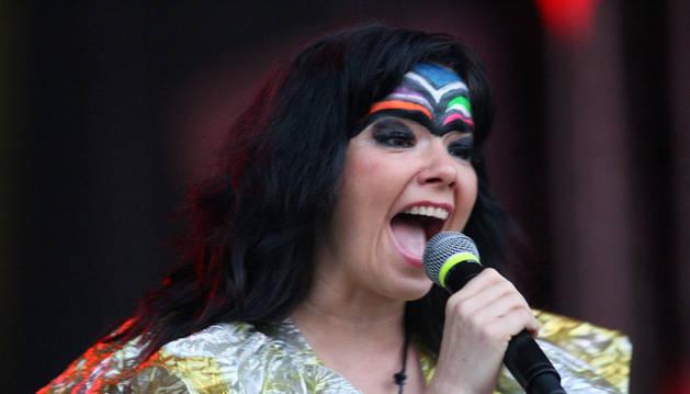 Björk lanza por sorpresa nuevo disco, 'Vulnicura', en iTunes