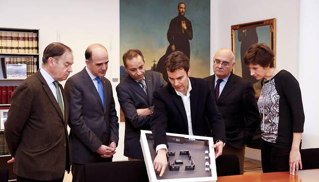 Presentación de la muestra sobre la obra cívica de Fernando Redón