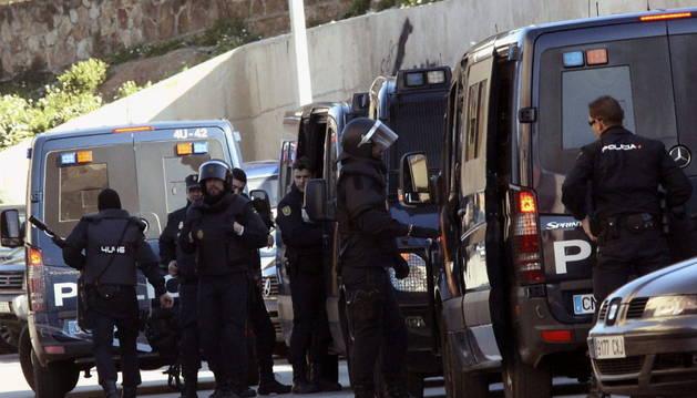 Dispositivo de fuerzas de seguridad en la barriada de El Príncipe