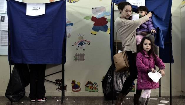 Este domingo, votando en Grecia