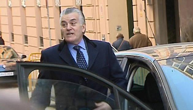 Luis Bárcenas, tras pasar por la Audiencia Nacional.