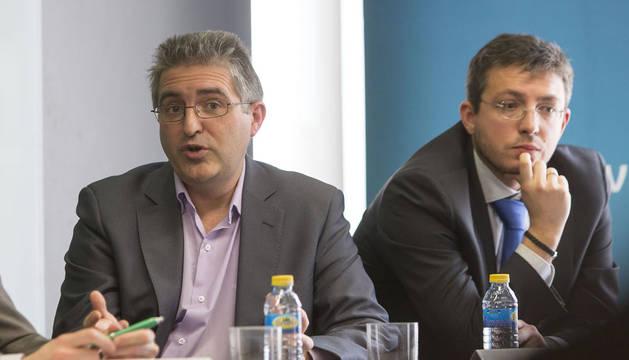 Alberto Labarga y Julián Nuño, en la jornaba sobre Big Data