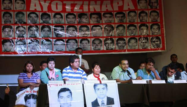 La Fiscalía mexicana concluye que los 43 jóvenes fueron asesinados