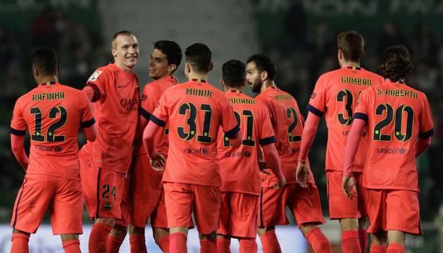 Mathieu celebra un gol contra el Elche