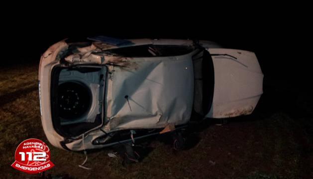 Un herido leve tras salirse de la vía en la NA-7410 en Oco (Tierra Estella)