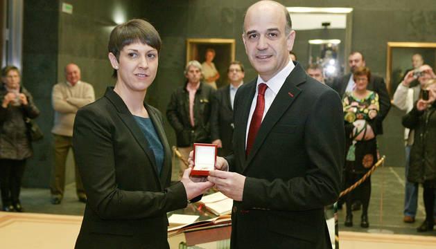 Patricia Cueva, junto a Alberto Catalán.