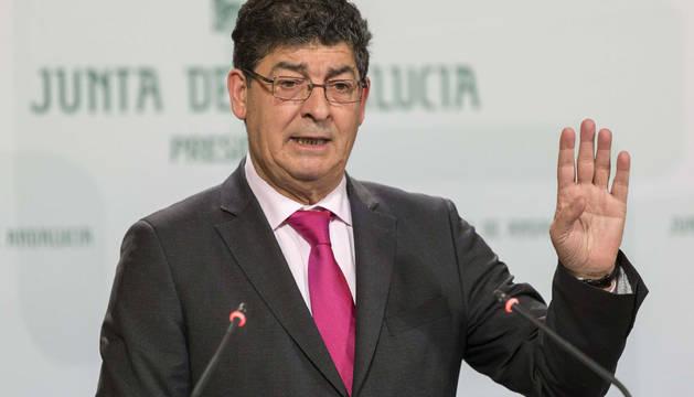 El exvicepresidente andaluz anuncia que no volverá a optar a ser diputado