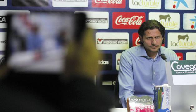 Vasiljevic, en rueda de prensa