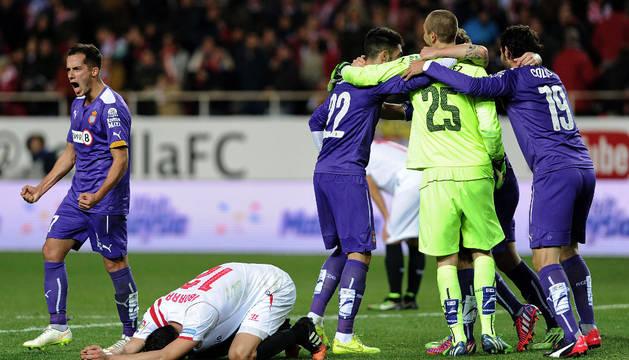 El Espanyol pasa a semifinales pese a perder ante Sevilla falto de ideas