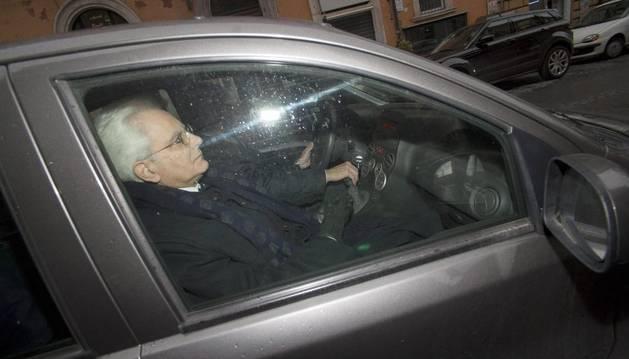 Sergio Mattarella es elegido presidente de la República italiana