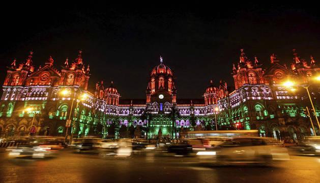 Vista general de la Estación Chhatrapati Shivaji Terminus de Bombay.