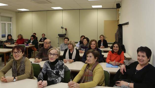 Los alumnos de la asignatura Temas de Actualidad (Trending Topics), del programa UNED Senior.